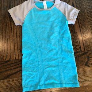 Ivivva size 8 blue & grey shirt